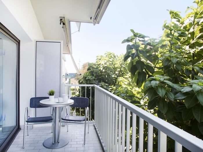 apartment with side view - castelldefels