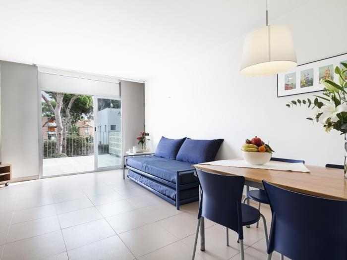 one bedroom apartment with pool view - castelldefels