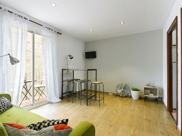 lovely flat next to montjuic - barcelona